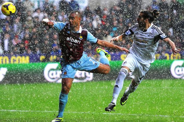 Image Result For Swansea Vs Tottenham Live Commentary