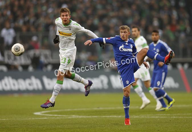 Schalke-B.-Monchengladbach-2